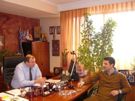 Ο Αλέξανδρος Διαμαντόπουλος μαζί με τον Δήμαρχο Λαγκαδά κ. Ιωάννη Αναστασιάδη